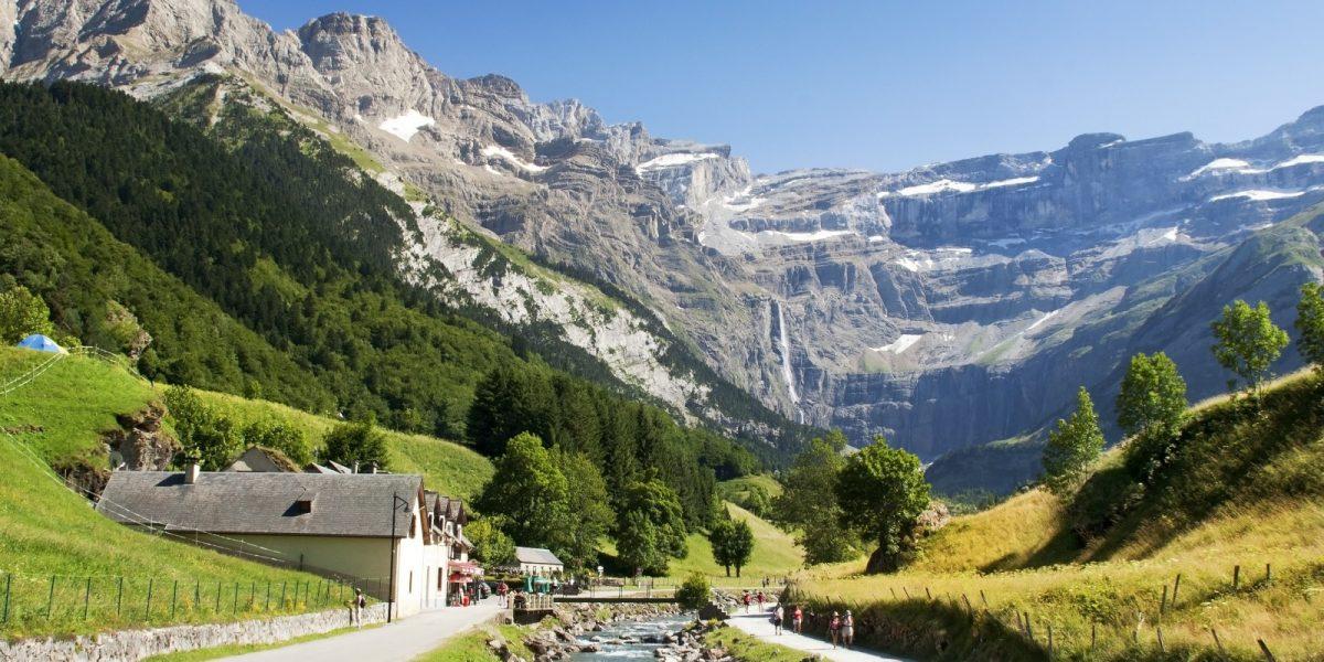 location-vacances-ete-ax-les-thermes-pyrenees